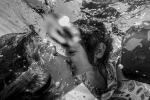 fotografia documental de familia, sesión de fotos en familia, santi garcia fotografia